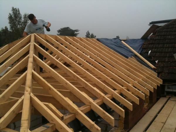 Traditional cut roofing